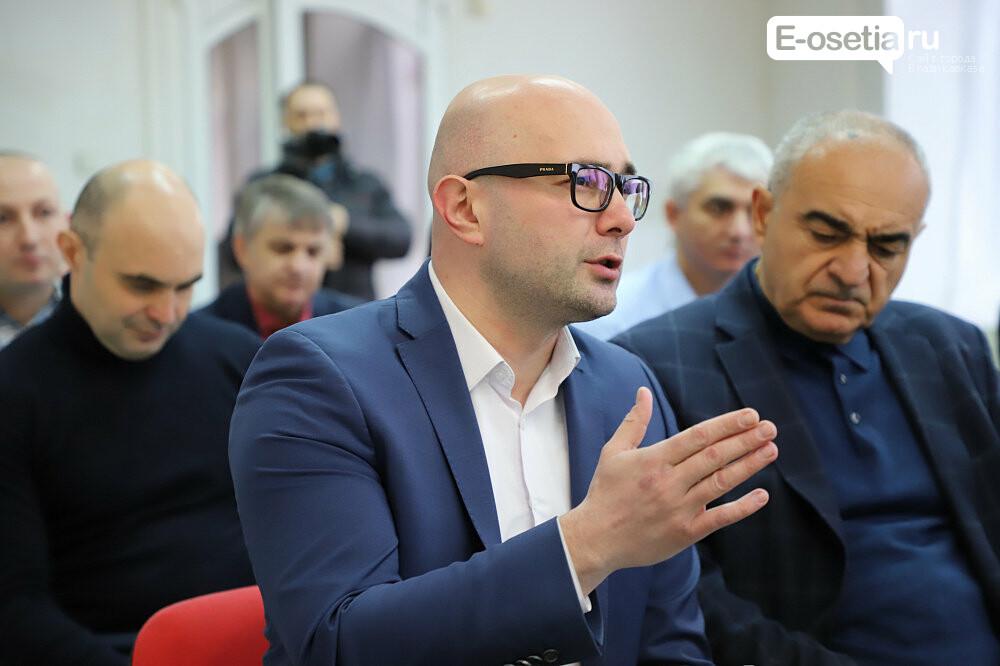 Во Владикавказе поддерживают добросовестных предпринимателей, фото-1